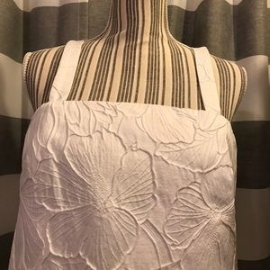 GORGEOUS white floral embossed dress